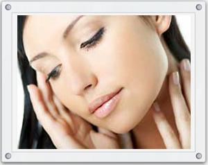 Очищение и питание кожи лица, век и шеи